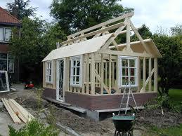 Schuur bouwen in uw voor of achtertuin wat zijn de kosten for Zelf woning bouwen prijzen